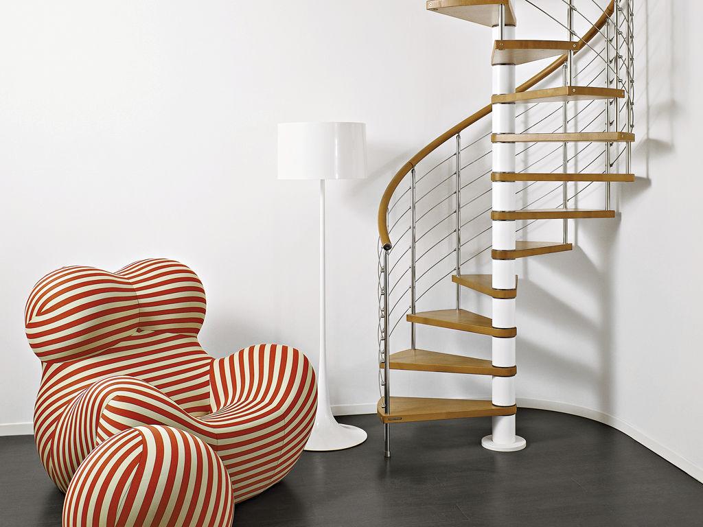 Formas de escaleras ja constructores for Escalera caracol 2 pisos