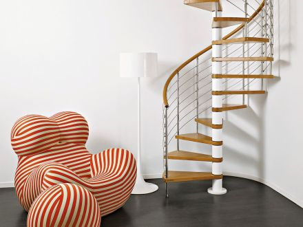 escalera-caracol-estructura-acero-inoxidable-peldano-madera-50445-5213893